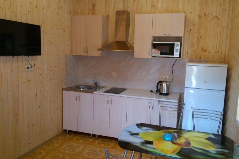 Дом, 72 кв.м. на 6 человек, 6 спален, Прибрежная улица, 75, Голубицкая - Фотография 2