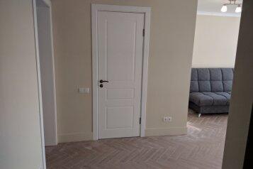 2-комн. квартира на 3 человека, Набережная улица, 14, Феодосия - Фотография 1