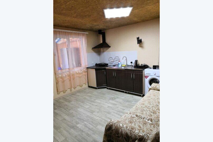 Дом на 10 человек, 3 спальни, улица 14 Апреля, 25, Судак - Фотография 9