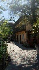 Гостевой дом , Кипарисовая улица, 15 на 2 номера - Фотография 1