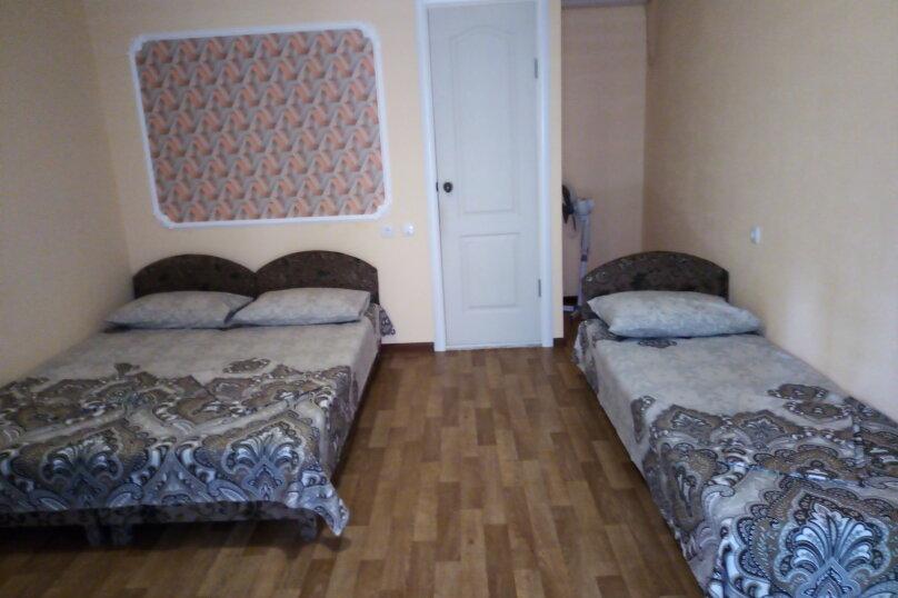 """Гостевой дом """"У  Зинура"""" , Мельников, 20 на 11 комнат - Фотография 7"""