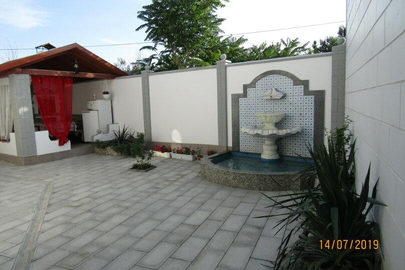 Дом, 60 кв.м. на 9 человек, 3 спальни, Конечный переулок, 1А, Феодосия - Фотография 1