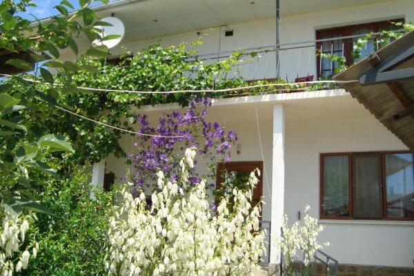 Гостевой дом, Ашик Умера, 2 на 4 номера - Фотография 1