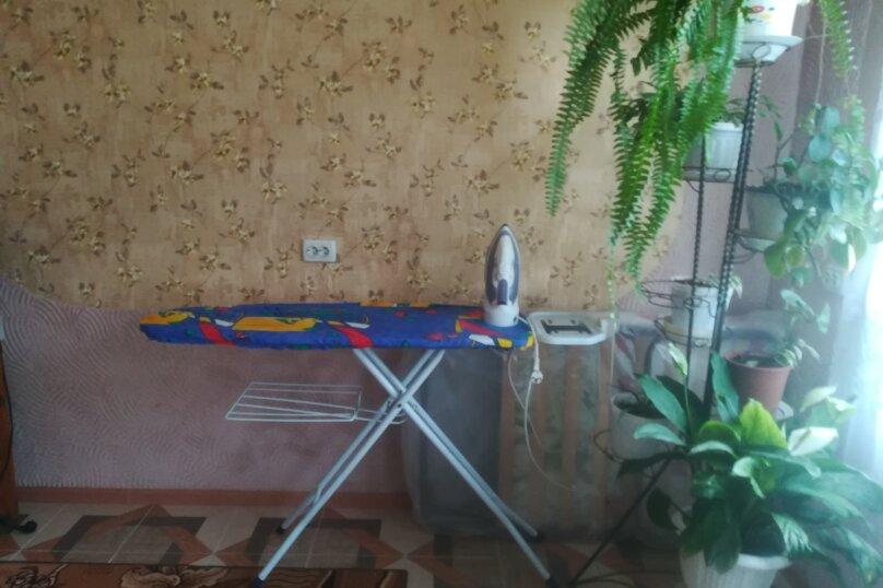 """Гостевой дом """"На Симферопольской 10"""", Симферопольская улица, 10 на 2 комнаты - Фотография 12"""