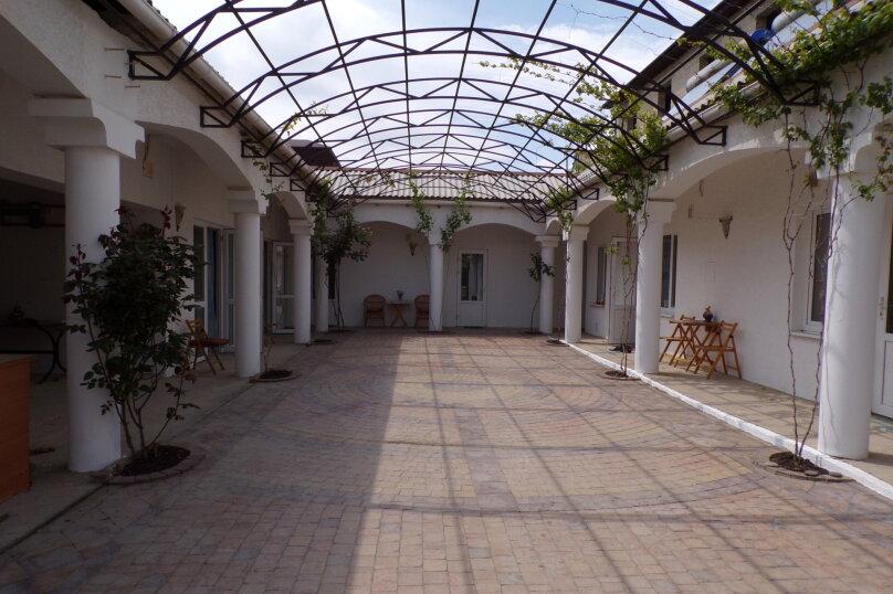 """Гостевой дом """"Вистерия"""", Ешиль-Ада, 31 на 8 комнат - Фотография 2"""