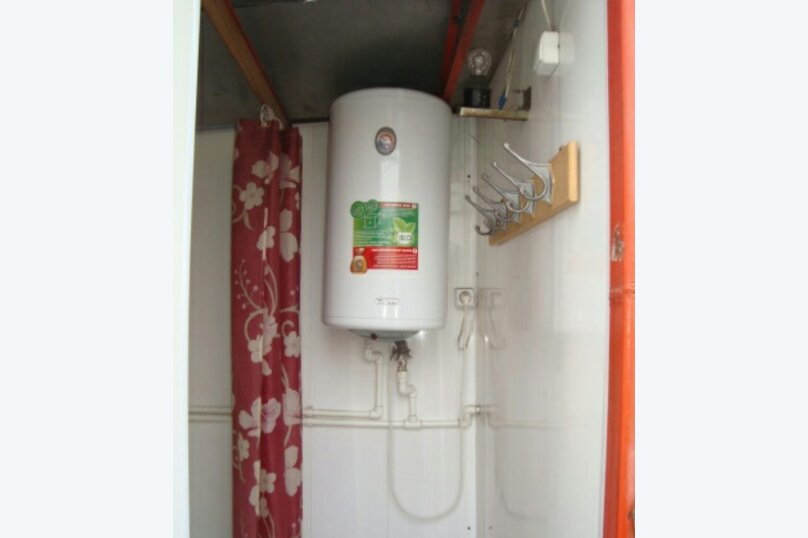 Номер-студия на Нижнесадовой 26 с санузлом и летним душем на 2-м этаже, Нижнесадовая улица, 26, Ейск - Фотография 5