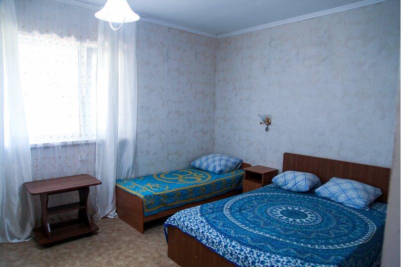 Четырехместный 8, Черноморская улица, 48, Благовещенская - Фотография 1