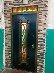 2-комн. квартира, 70 кв.м. на 4 человека, Большая Морская улица, 7, Севастополь - Фотография 2