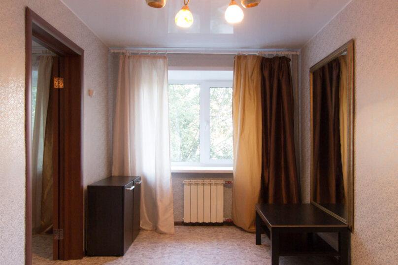 2-комн. квартира, 50 кв.м. на 4 человека, улица Мичурина, 4, Красноярск - Фотография 3