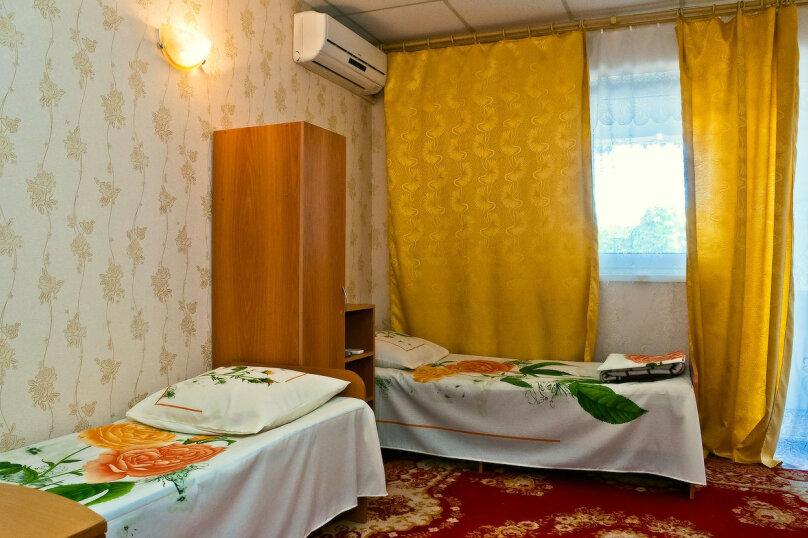 """Гостевой дом """"ДиСа"""", Генеральская, 11А на 8 комнат - Фотография 13"""