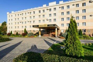 Парк-Отель, проспект Строителей, 47 на 73 номера - Фотография 1