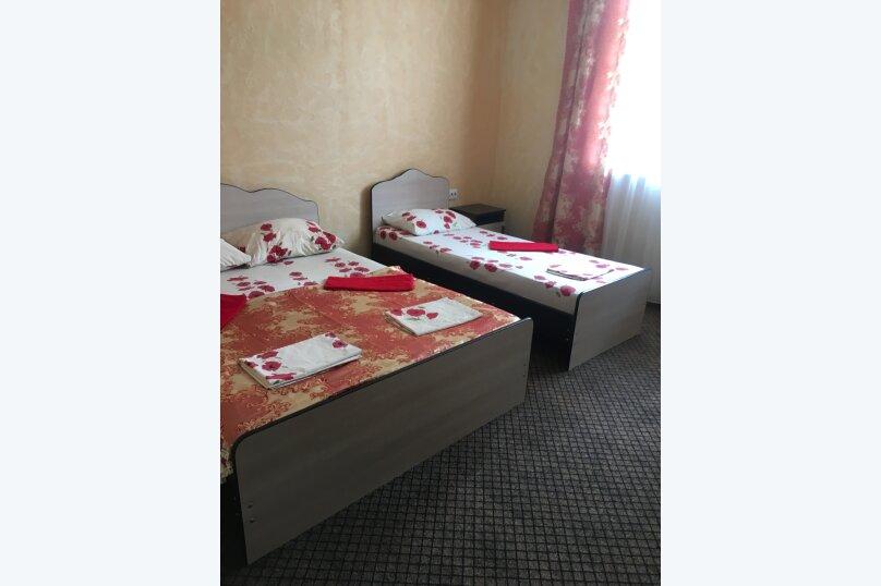 """Гостевой дом """"Три богатыря"""", Приморская улица, 11 на 30 комнат - Фотография 6"""