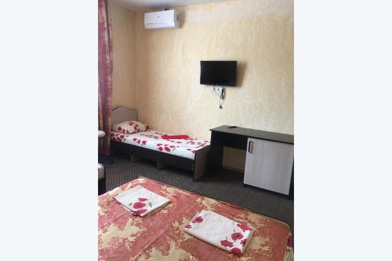 """Гостевой дом """"Три богатыря"""", Приморская улица, 11 на 30 комнат - Фотография 7"""