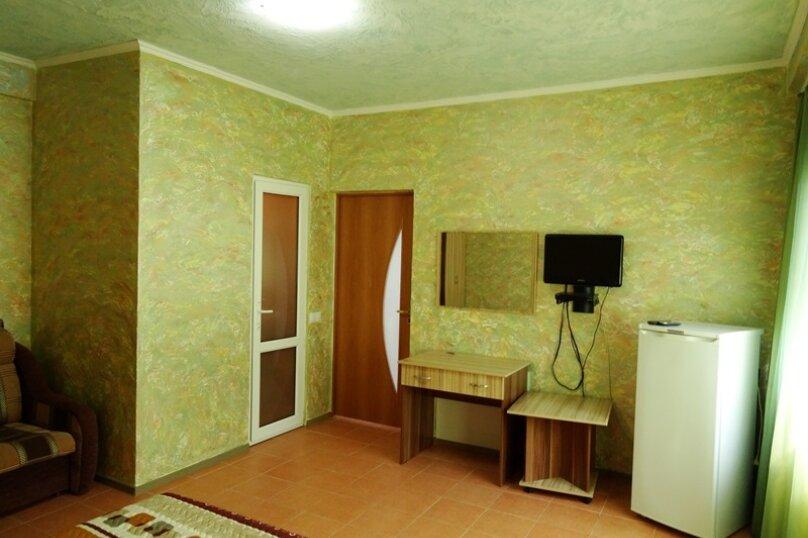 """Гостевой дом """"Флибустьер"""", Ольховая улица, эллинг 70 на 4 комнаты - Фотография 2"""