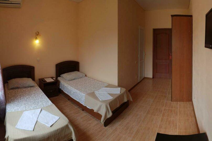 Двухместный номер с 2 отдельными кроватями и видом на море, Енисейская улица, 47/1, Лоо - Фотография 1