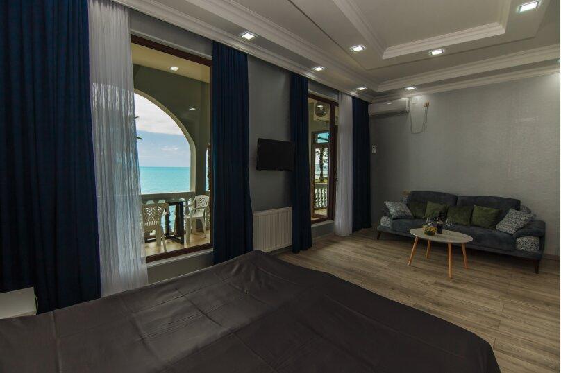 """Гостевой дом """"House at the Sea"""", 3-й переулок Кавтарадзе, 89 на 9 комнат - Фотография 31"""