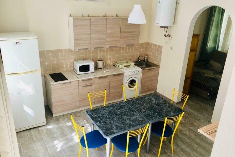 Коттедж, 100 кв.м. на 10 человек, 3 спальни, Массив-Буревесник, 52, Ольгинка - Фотография 6