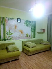 2-комн. квартира, 70 кв.м. на 6 человек, Партизанская улица, 7, Алушта - Фотография 1