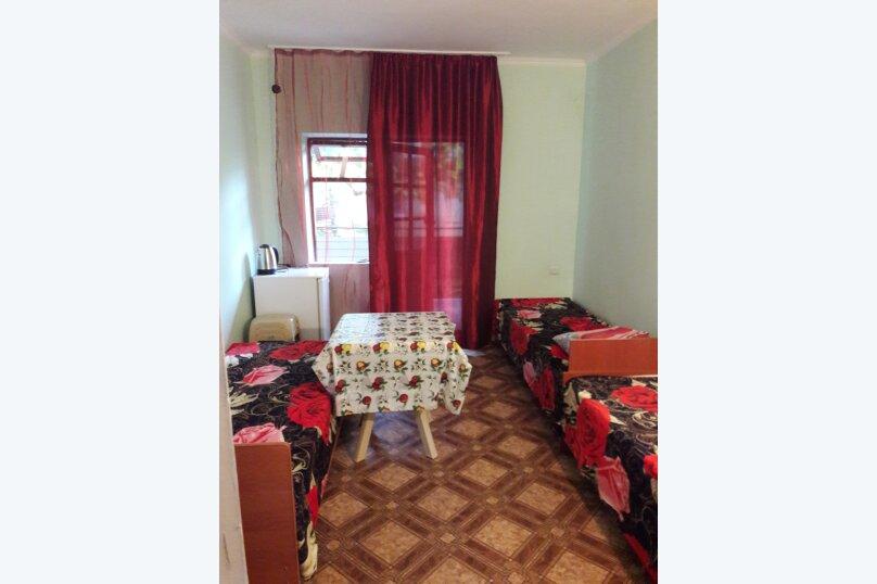 двухместный и трехместный номер эконом+1, улица Кольцова, 18, Макопсе - Фотография 1