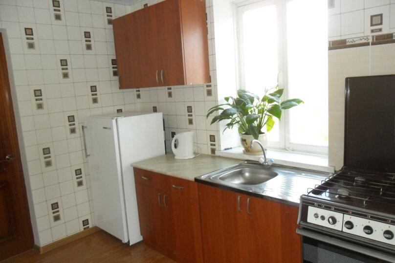 Отдельная комната, улица Свердлова, 21, Геленджик - Фотография 1