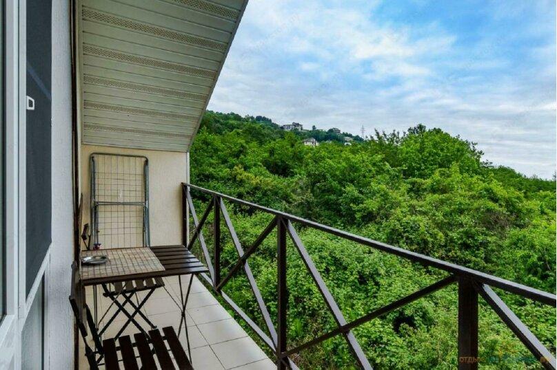Стандартный двухместный номер с балконом, Енисейская улица, 337, Лоо - Фотография 16
