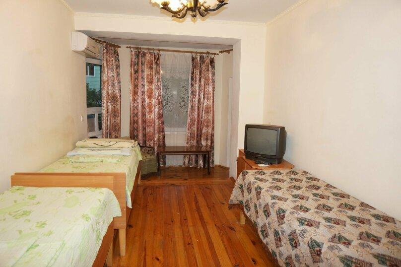 """Гостевой дом """"Приморский"""", улица Бусина, 2 на 12 комнат - Фотография 30"""