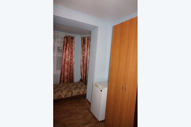 """Гостевой дом """"Приморский"""", улица Бусина, 2 на 12 комнат - Фотография 31"""