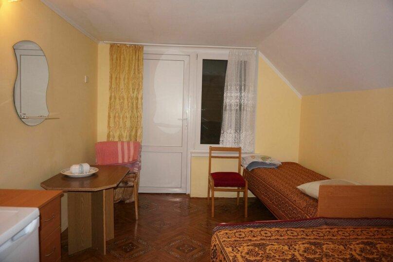 """Гостевой дом """"Приморский"""", улица Бусина, 2 на 12 комнат - Фотография 16"""