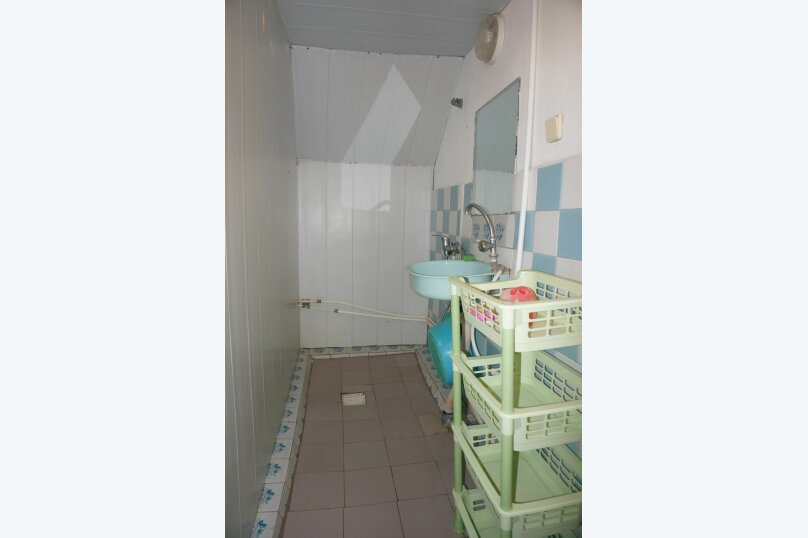 """Гостевой дом """"Приморский"""", улица Бусина, 2 на 12 комнат - Фотография 18"""
