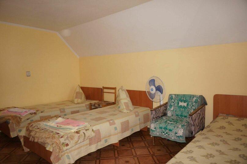 """Гостевой дом """"Приморский"""", улица Бусина, 2 на 12 комнат - Фотография 19"""