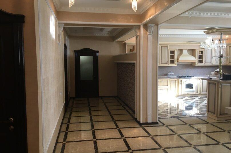 3-комн. квартира, 175 кв.м. на 8 человек, улица Генерала Мельника, 18А, Севастополь - Фотография 4