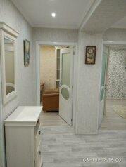 3-комн. квартира, 71 кв.м. на 6 человек, улица Софьи Перовской, 52, Севастополь - Фотография 2