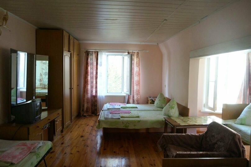 """Гостевой дом """"Приморский"""", улица Бусина, 2 на 12 комнат - Фотография 24"""