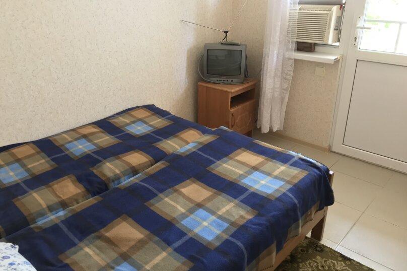 Улучшенный, Октябрьская улица, 65, Геленджик - Фотография 4