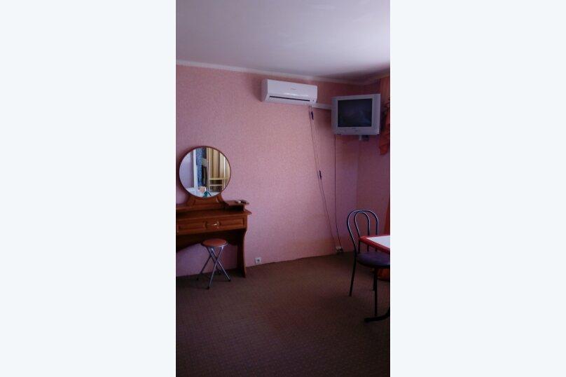 """Гостиница """"На Танкистов 19"""", улица Танкистов, 19 на 12 комнат - Фотография 42"""