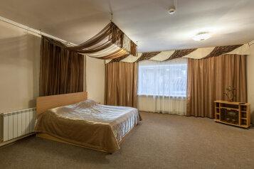 Делюкс:  Номер, Апартаменты, 4-местный (2 основных + 2 доп), 1-комнатный, Мини-отель, Свердловская улица, 245 на 12 номеров - Фотография 2