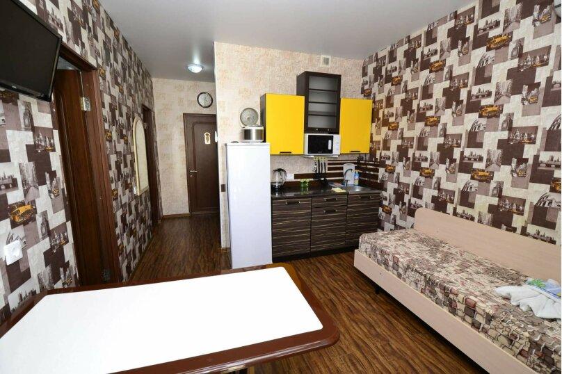 Отдельная комната, 3-й проезд, 12, село Сукко - Фотография 1
