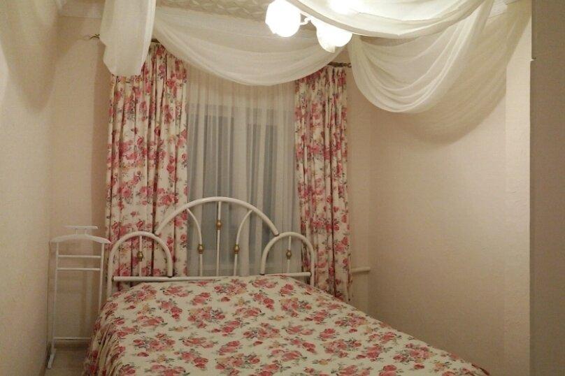 Отдельная комната, улица Комарова, 19А, Береговое, Феодосия - Фотография 1