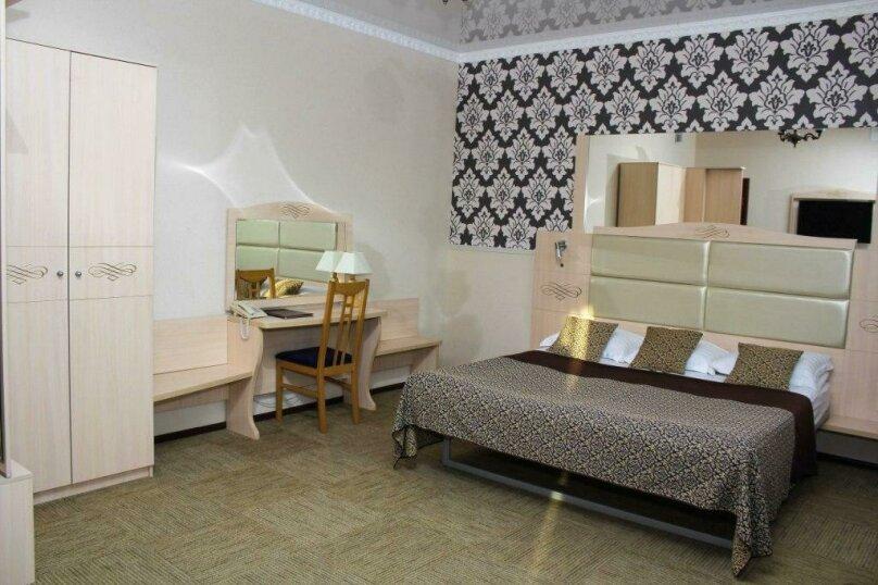 """Отель """"Cronwell Park Ника"""", улица Суворова, 110 на 82 номера - Фотография 18"""