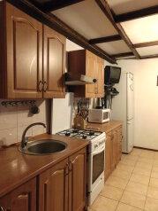 Дом в Ялте с палисадником на 8 -10 чел (max 12 чел), 130 кв.м. на 12 человек, 4 спальни, улица Кирова, 92, Ялта - Фотография 4