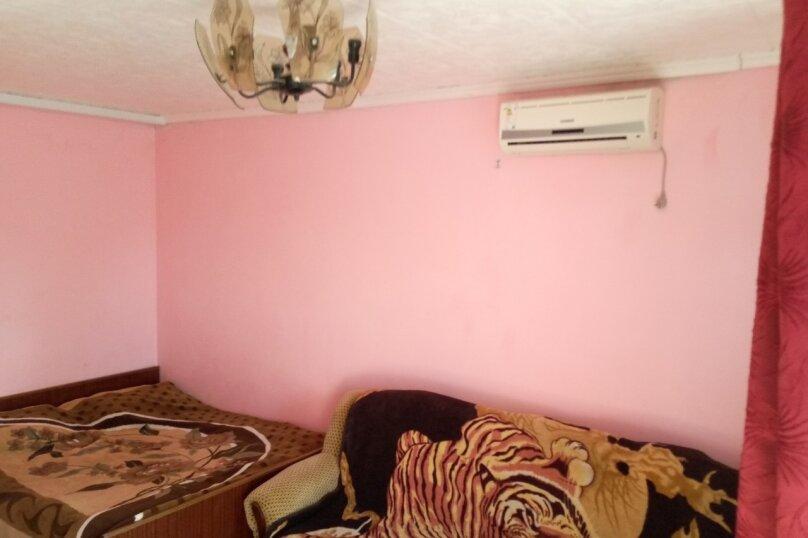 Комната розовая 1 этаж, проезд Прибрежный, 27, Заозерное - Фотография 1