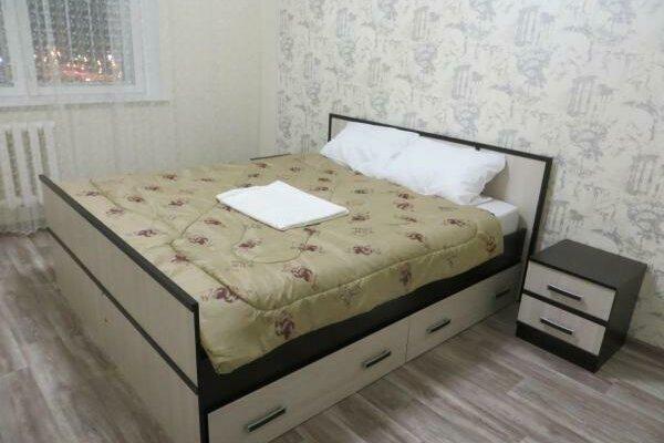 1-комн. квартира, 44 кв.м. на 2 человека, 7 микрорайон, 46А, Тобольск - Фотография 1