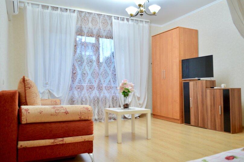 1-комн. квартира, 39 кв.м. на 4 человека, улица Красных Партизан, 246, Краснодар - Фотография 6