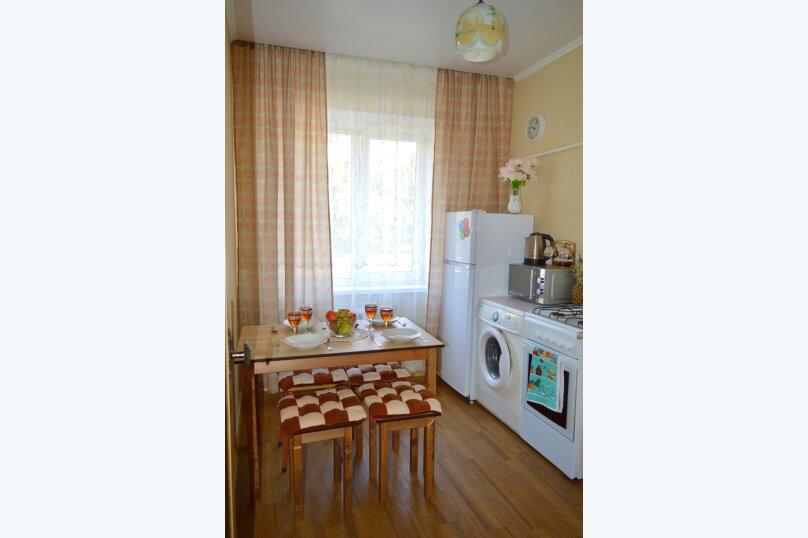 1-комн. квартира, 39 кв.м. на 4 человека, улица Красных Партизан, 246, Краснодар - Фотография 8