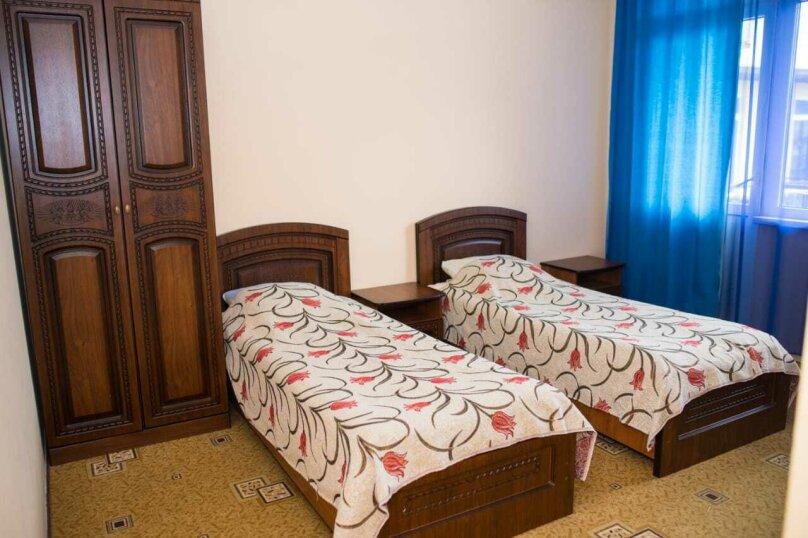 """Гостевой дом """"Альмира"""", Жигулевская улица, 3/1 на 18 комнат - Фотография 46"""