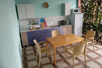Гостевой дом , Анапская улица, 22 на 4 номера - Фотография 3