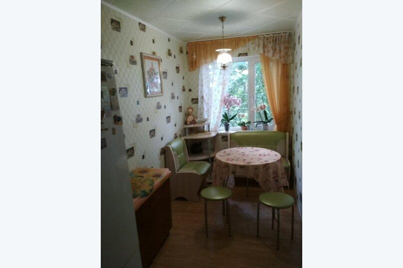 2-комн. квартира, 55 кв.м. на 5 человек, улица Сурикова, 10, Алупка - Фотография 3