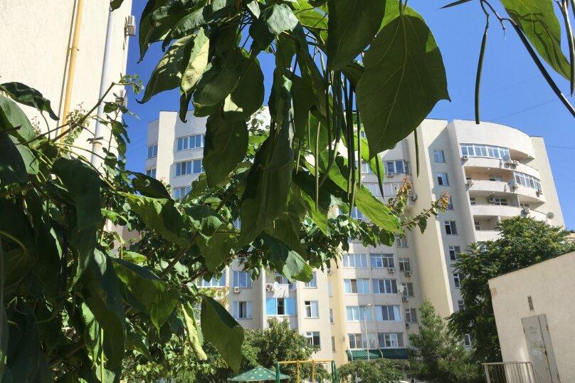 1-комн. квартира, 52 кв.м. на 4 человека, улица Дёмышева, 125А, Евпатория - Фотография 12