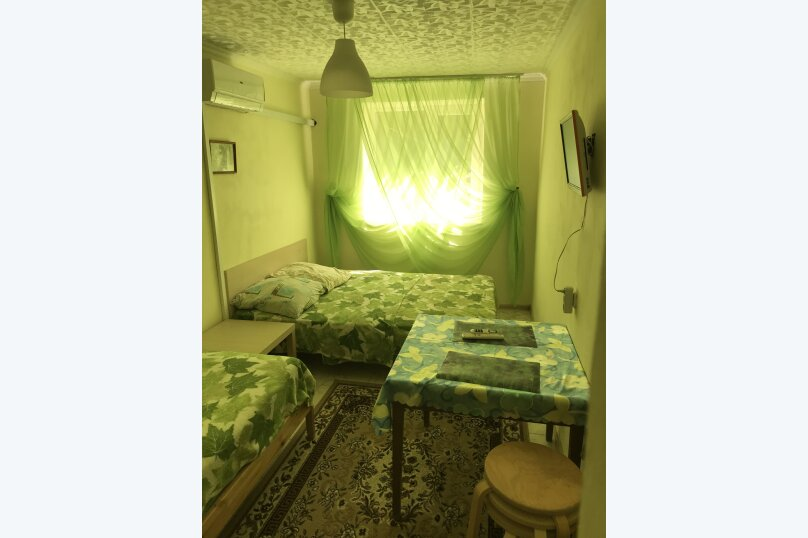 Отдельная комната, Кубанская, 8, Новомихайловский - Фотография 1