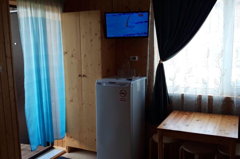 """Гостевой дом """"На Калинина 223"""", улица Калинина, 223 на 5 комнат - Фотография 10"""